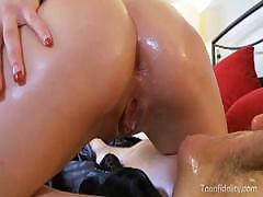 Jenna Rose Gets Sensual Massage