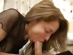 Cute Sister Fucked With Elder Brother After Seeing Adult Magazine