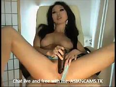 Super sexy Asian model shows what she can do with her pussy