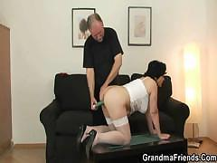Middle age blindfolded woman performs wonderful cock-sucking stunts