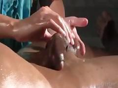 Every's man dream.. This is the way to massage a penis