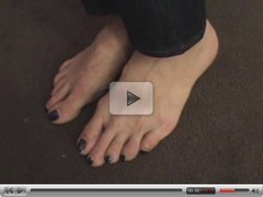 stinky latina feet