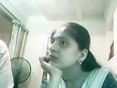 Lucknow Paki Girl sucks 4 inch Indian Muslim Paki Dick on Webcam
