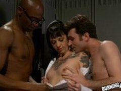 Hot Teen Sparky Sin Claire Gets Double Teamed n Creamed