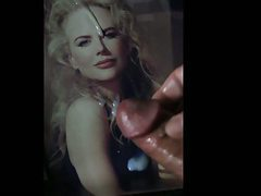 Nicole Kidman gets a facial tribute cum pic