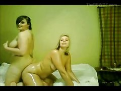 Horny Fat Chubby Teen GF's oiled and playing on cam