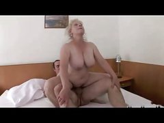 Blond Granny with Bid Titts R20