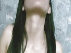 Asian Girl Masturbate And Squirt In The Bathtub
