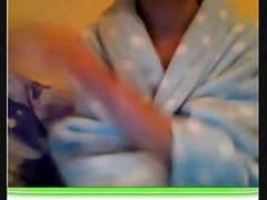 Uk teen strips from dressing gown and plays