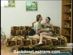 Rosa&Ninette great anal lesbian action