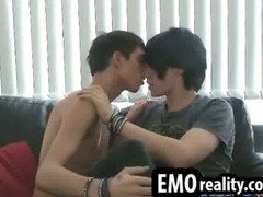 Experimental young emo teens suck each others cocks
