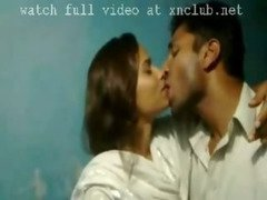 mallu lover kissing video