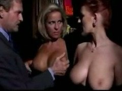 Horny italian milfs in hot threesome