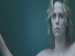 Hollywood Celebrity Charlize Theron nude sex scenes