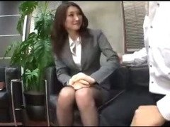 Busty Office Lady In Pantyhose Getting Her Pussy Rubbed Giving Blowjob For Guy On The Floor In The O