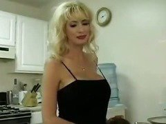 Pornstar Mother Fuck Young Guy