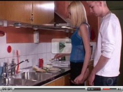 superhot teen doin it in the kitchen with nice cumshot