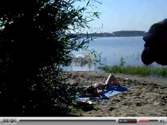 jerking and cumming on girl on russian beach