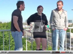Risky threesome by a busy freeway! WAY COOL!