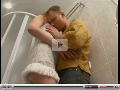 Mature women and young boy in bathroom - Amateur