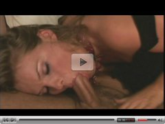 A wonderfull blowjob scene in a hotel room