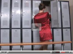 LESBIAN STRAPON FUCKING IN THE LOCKER ROOM...usb