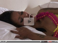 Skin Diamond - Plays out a Fantasy