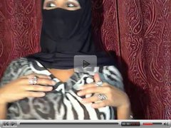Muslim Woman Flashing on Cam
