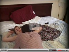 Amateur couple has a good fuck in the hotel bedroom