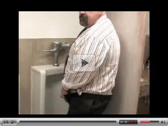 Toilet playing with a mature daddy & a bear - by neurosiss