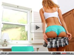 Jessie Rogers intense clit pleasure