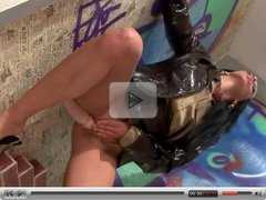 Whore tempting gloryhole with her ass