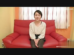 Horny Japanese cougar toyed