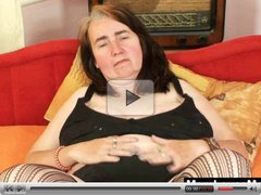 Ugly grandma shows off big boobs and pussy