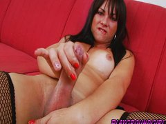 Libidinous Shemale on Latex Creams her Shaft