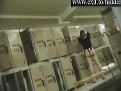 Many Nude girls caught in dressing room