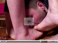 slave cleaning mistress feet