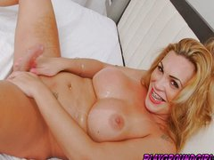 Voluptuous Blonde Tranny Jerks Off