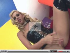 blond Crams This Dildo Up Her Tight Butt Hole