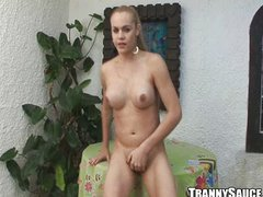 Foxy blonde shemale honey spreads wide