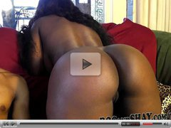 HARD SEX ON COUCH BY AMATEUR EBONY COUPLE !!
