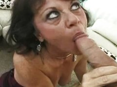 Mature cougar squirts