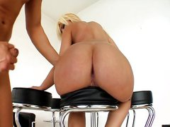 Anal with blonde Defrancesca Gallardo