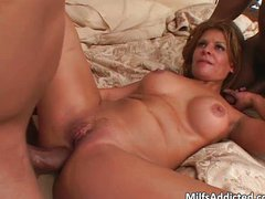 Super sexy Latina MILF with hot body