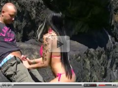 Tattooed bikini girl sex in a great outdoor location