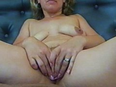 mature pussy-first stretch and then fucking