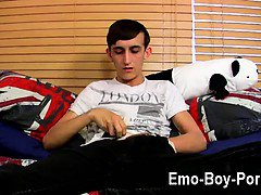 Amazing twinks 20 yr old Jake Wild is a nasty emo lad who is into the