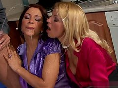 Big boobs housewife cum in mouth