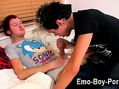 Gay movie of Lucky emo boy Josh Dixon has a hardcore session