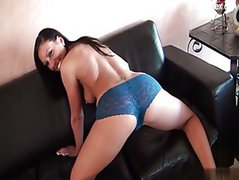 Big ass shaved pussy swallow